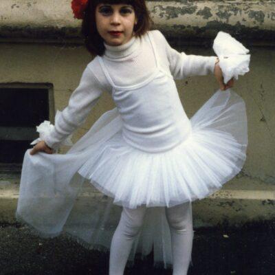 תחפושת של רקדנית- נחמה שור (לא לתחרות)